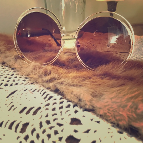 a68f327f1fa Chloe Accessories - Chloe Sunglasses